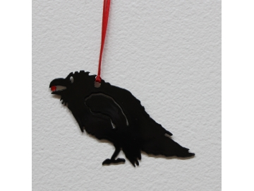 Raven Ornament w/berry